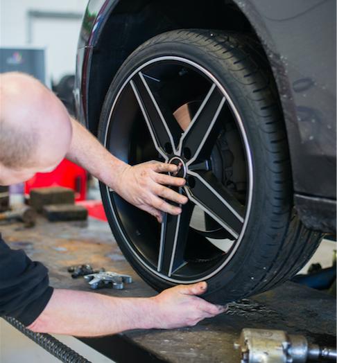Billigt dækskifte